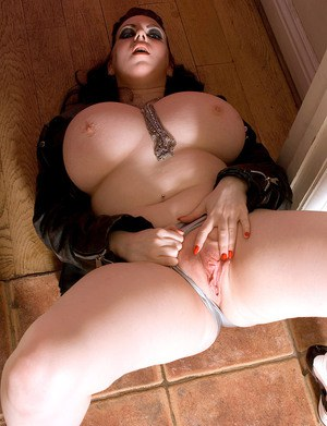 Bbw hot porn gallery more modest